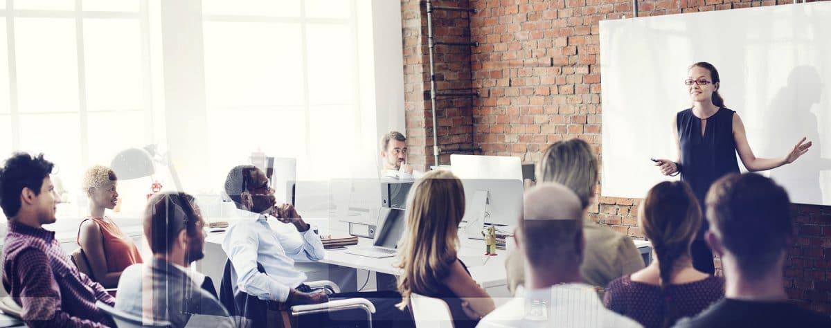 An expert presentation is an example of a recruiting event idea.