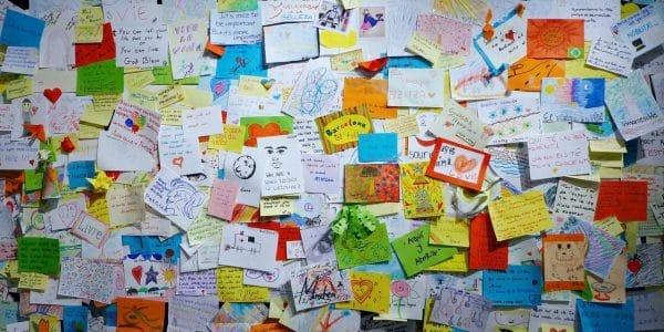Company Grateful wall